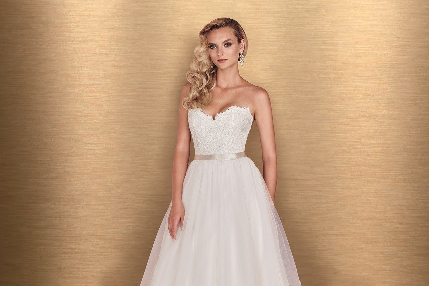 Style 4668 crop Paloma Blanca wedding dress Spring 2016 Collection