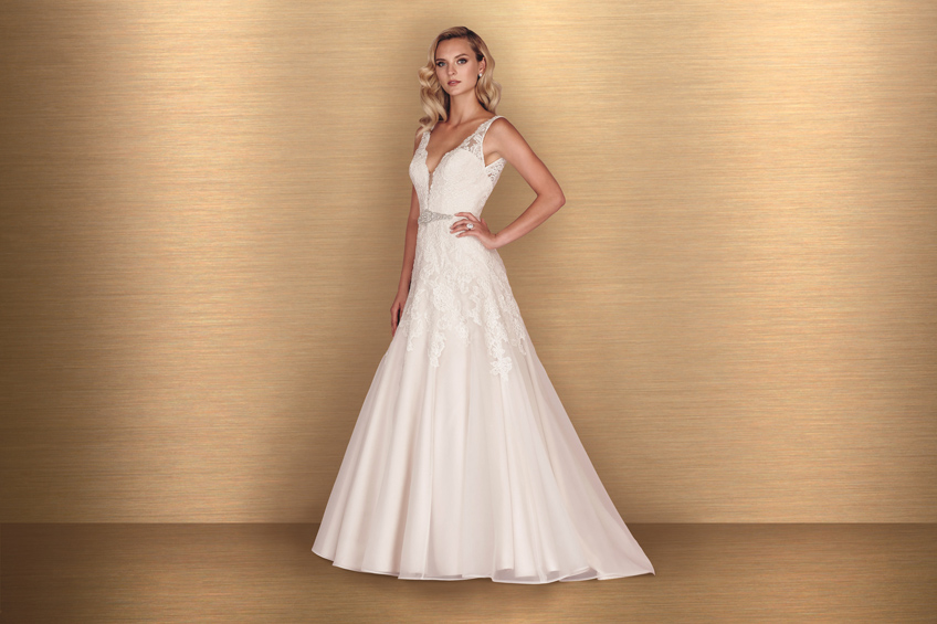 Paloma Blanca Style 4650 Bliss Bridal Boutique Event